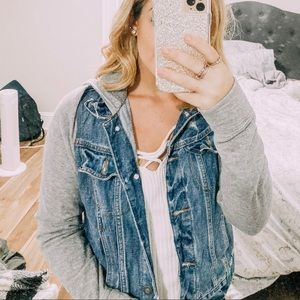 Hollister jean jacket with sweatshirt material
